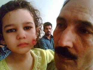 2010, Lahore: 100 sebesült, 90 ahmadista halott