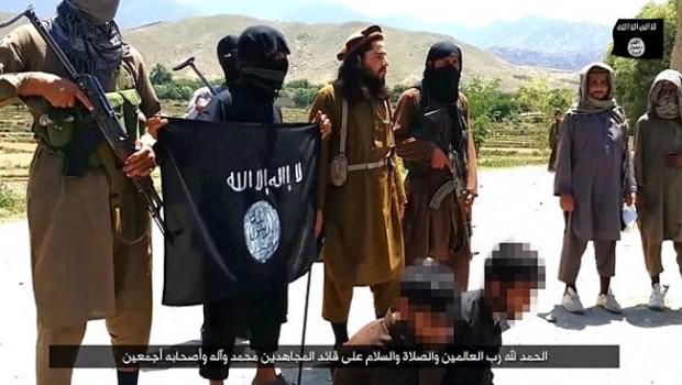 ISIS Executes 3 Taliban Militants + Shocking Pics
