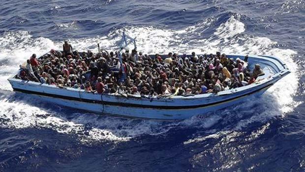 menekült hajó
