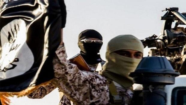 Szorul a hurok - visszatérnek a dzsihadisták Európába?