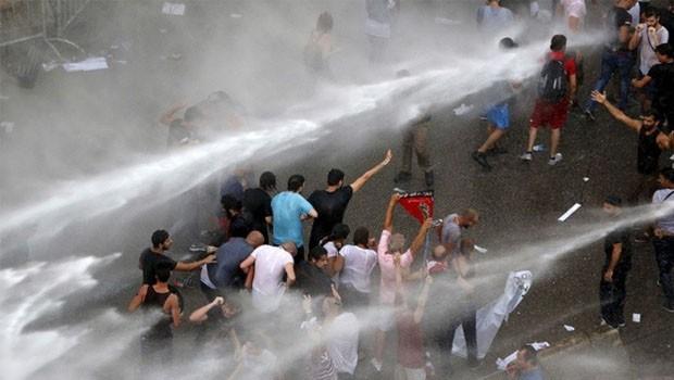 libanon tüntetés