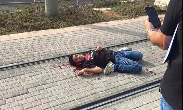 الطفل الفلسطيني أحمد مناصرة،