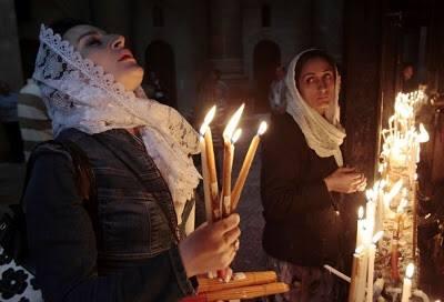 Imádkozó török keresztény asszonyok