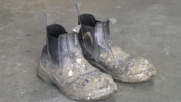 szegénység cipők