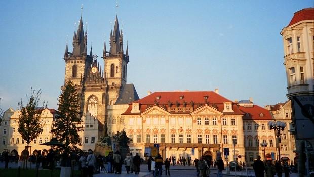 Praha-main-square
