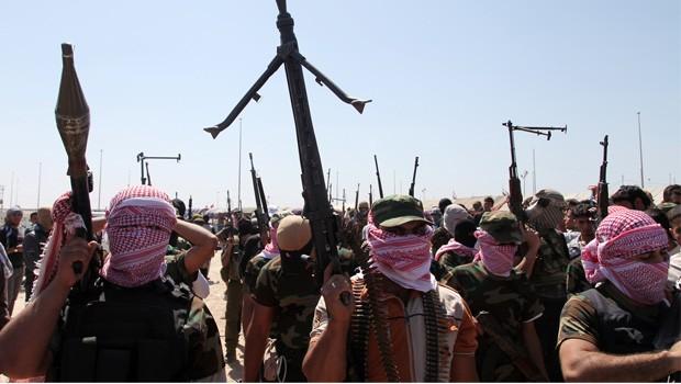 szunnita fegyveresek