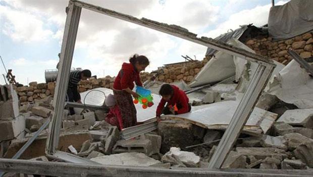 palesztin lerombolt ház