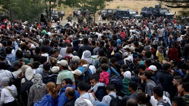 menekültek macedón görög határon