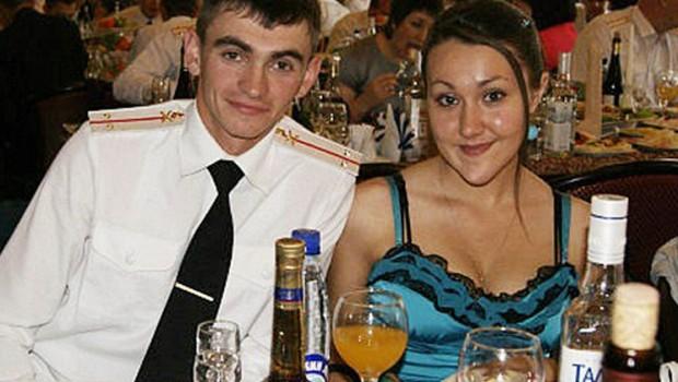 PAY-Alexander-Prokhorenko-the-Russian-Rambo-with-his-wife-Ekaterina