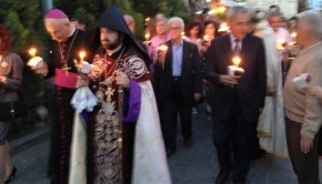 damaszkuszi örményekért körmenet