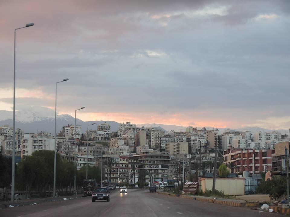 Tripolin keresztül