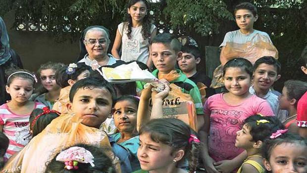 szíria sára nővér
