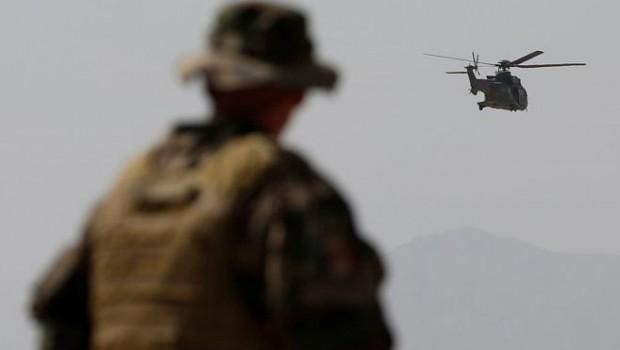 helikopter katona
