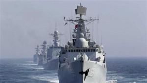A kínai haditengerészet hajói áthaladnak a Csuzima-szoroson, hogy csatlakozzanak az Oroszországgal tartott közös hadgyakorlathoz 2013. július 3-án - Press TV
