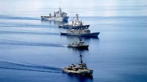 Press TV fájl fotó a fülöp-szigeteki és az amerikai haditengerészet hadihajóinak közös hadgyakorlatáról.
