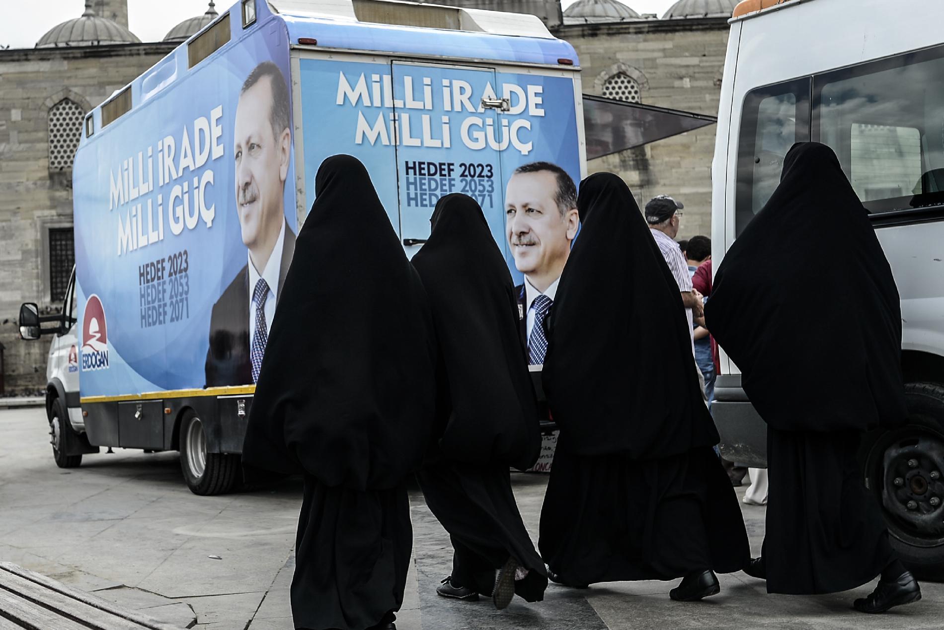 muszlim nők fejkendő erdogan török