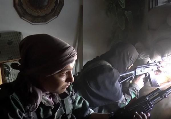 szír katona nő 1