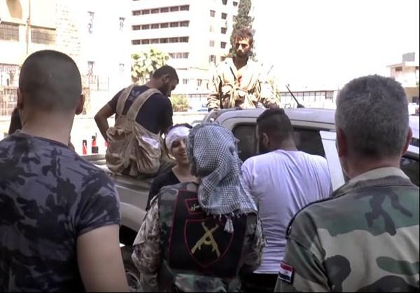 szír katona nő 5