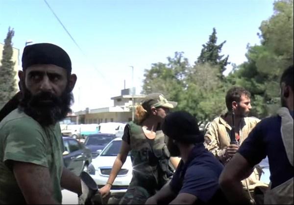 szír katona nő 7