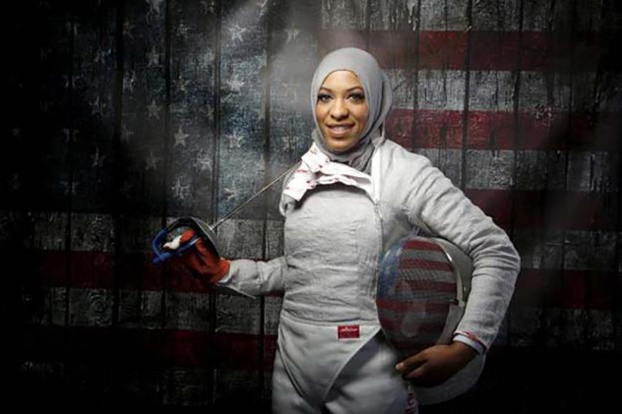 Ibtihaj Muhammad, USA, vívás, bronz.  Csapatban sikerült a harmadik helyet megszereznie.