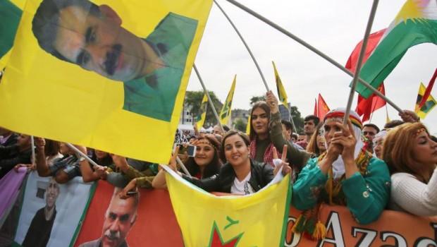 pkk tüntetés kurd németország