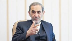 ali-akbar-velayati-seyyed-ali-khamenei-ajatollah-az-iszlam-forradalom-vezetojenek-fotanacsadoja
