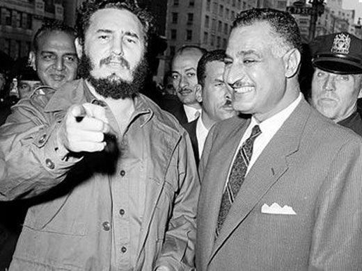 Gamal Abd Al-Nasser Egyiptom egykori elnökének társaságában