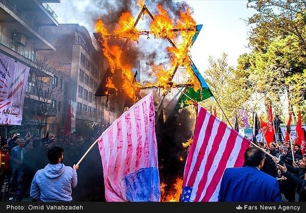 irani-tuntetes-teheran-3