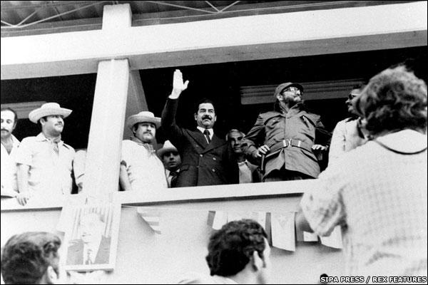 Saddam Hussein iraki elnök és Fidel Castro