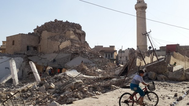 Egy lerombolt mecset Moszulban
