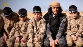 Az ISIS gyerekkatonái.