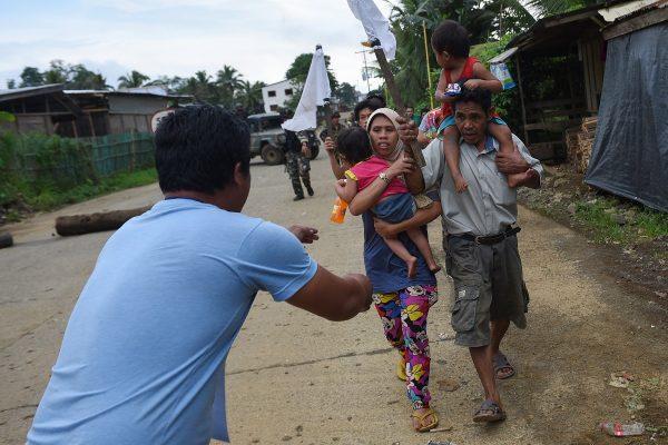 A harcok elől menekülnek az emberek Mindanao szigetén