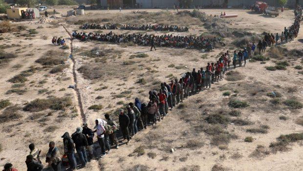 Fotó: Reuters Menedékkérők milliói indulhatnak útnak a fekete kontinensről