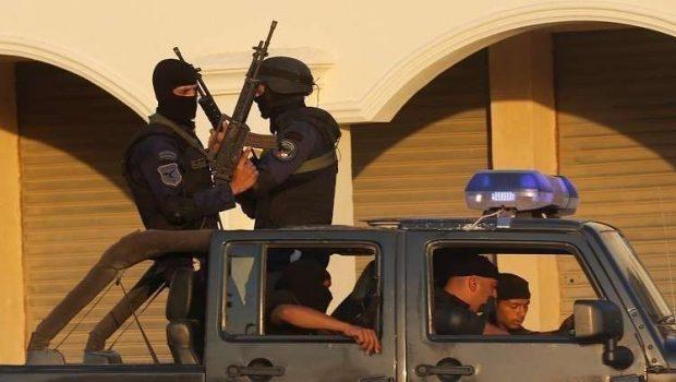 Fotó: Reutres. A képen az egyiptomi biztonsági erők tagjai.
