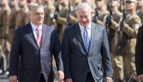 2017. július 18. Orbán Viktor miniszterelnök katonai tiszteletadással fogadja Benjámin Netanjahu izraeli kormányfőt Budapesten, a Parlament előtti Kossuth téren 2017. július 18-án (MTI Fotó: Mohai Balázs)