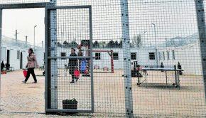Forrás: Havran Zoltán A tranzitzóna helyett a Balaton partján lakhatnának a menedékkérők